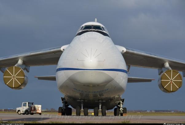 ur-82072-antonov-airlines-antonov-design-bureau-antonov-an-124-100_PlanespottersNet_555195